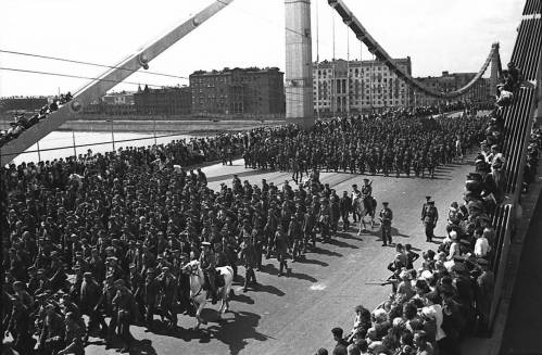 Парад побежденных: первый и последний немецкий марш по Москве