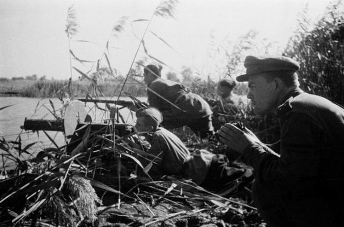 Осень 1943-го Днепр, фронт, Днепра, человек, тысяч, Красной, битвы, Армии, операция, войска, Южный, Отечественной, Битва, Великой, наступление, фронта, Днепру, линию, командованием, берегу