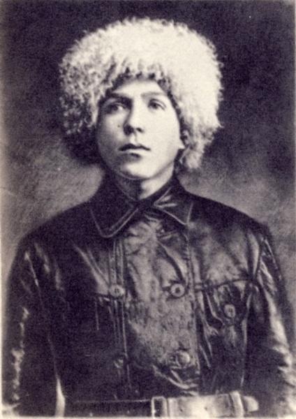 Фотография Николая Кузнецова, сделанная в 1930 году перед отъездом на работу в Кудымкар