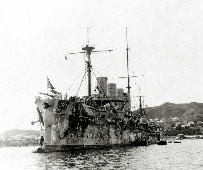 Броненосный крейсер «Россия» во Владивостоке, осень 1904 года