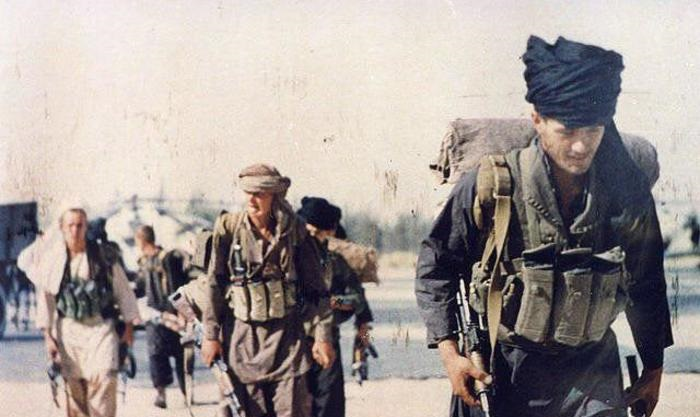 Бойцы 22-й бригады спецназа ГРУ в Афганистане, замаскированные под душманов