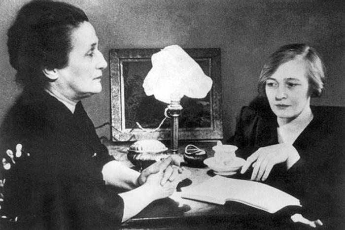 Ольга Берггольц и Анна Ахматова